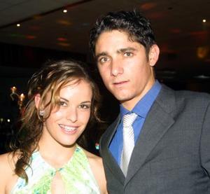<u> 12 de noviembre </u> <p>  Sofía Torres y Érick Canedo, en pasado acontecimiento de boda.