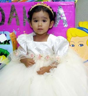 Danna Sofía Prieto Durán fue festejada con una divertida fiesta organizada por sus padres con motivo de sus dos años de vida.