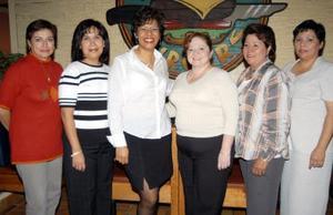 Elia Candia de Menchaca, Mónica Mendoza, Blanca Elena Robles de Cavazos, Claudia López de Falcón, Maru Carrillo de Espinoza y Paty Saldaña de Muñoz.