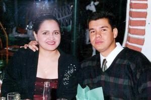 </u> 15 noviembre </u<> <p>  Silvia Patricia Carlos Zuñiga y Luis Fernando Pérez de la Fuente.