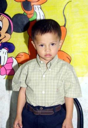 José Carlos Silva Rodríguez festejó tres años de vida con una divertida fiesta organzada por sus padres.