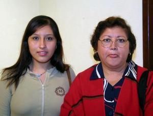 María del Socorro González y Jaqueline Rodríguez.