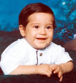 Niño Ibis Fernando Morales Méndez cumplió un año de vida en días pasados.