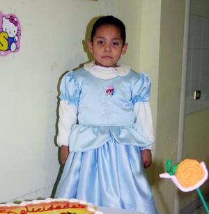 Sayil Calderón Blanco cumplió cinco años de edad y los celebró con un convivio.
