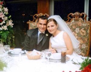 Ernesto Alejandro Meléndez Reyes y Mónica Rodríguez Marín celebraron en grande su enlace nupcial.