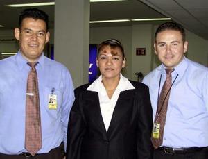 Daniel Antonio Lee, Ana Lorena Muñoz y Carlos Treviño.