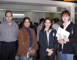 <u> 16 de noviembre </u> José Luis González, Sonia Noyola, Beatriz de la Torre y Violeta Silva viajaron a un  congreso médico en Veracruz.