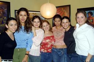 Asistieron a reciente festejo de aniversario, Rocío Quiroga, Cecilia Zavala, Eva Albores, Cristina Castillo, Susie Rentería, Mary Pily Córdova y Alicia Acosta.