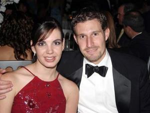 <u> 19 de noviembre </u> <p> Susana Estrada y Pedro Valdés.