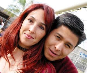 Alicia Reyes de González y Óscar González Delgado.