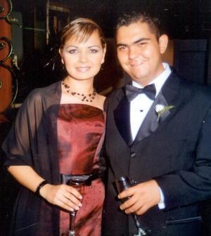 <u> 21 de noviembre </u> <p>  Sofía Rodríguez Marín Juan Carlos Gómez Flores en la recepción de la pareja Meléndez-Rodríguez.