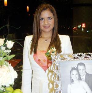 <u> 20 de noviembre </u> <p> Sandra Gloria Martínez Pérez fue despedida de su soltería con una divertida reunión.