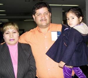 <u> 20 de noviembre </u> David Sánchez viajó al Distrito Federal y fue despedido por su esposa, Irma  Reyes y su hija Nancy Polet Sánchez Reyes.