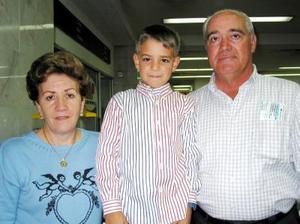 José Prol, Alsira de Prol y Luis Miguel Pérez Prol regresaron a Ciudad de México.