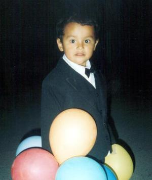 El pequeño Jorge Miguel García Hernández fue festejado por su tercer aniversario de vida con un convivio.
