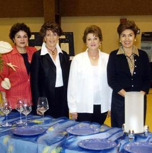 Bertha de Gutiérrez, Jossie Iriarte, Celia de Iriarte y Lucy Calvillo.