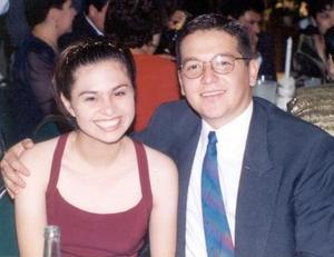<u> 22 de noviembre  </u> <p> Vidal Iruega Maeda y Cecilia Noé Céspedes contrajeron matrimonio recientemente.