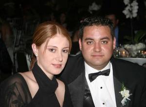 Ana Lya Román y José Humberto García, en una grata velada.