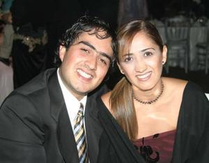 Manolo y Laura Luévanos.