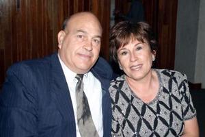 Rogelio y Mary Sada.