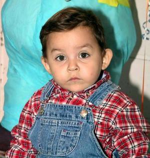 El niño Ricardo de la Garza fue captado en un convivio infantil