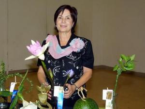 Alma Rosa de Campos del club de Jardinería La Rosa, obtuvo el primer lugar Rosetón a lo mejor de horticultura