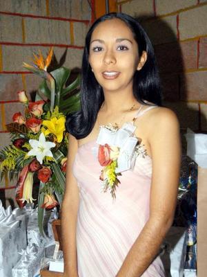 <u> 24 de noviembre </u> <p> Karla Selene Torres Ruiz en la despedida de soltera que se le ofreció en días pasados.