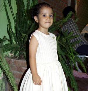<u> 25 de noviembre </u> <p>  Sandra Máynez Martínez festejó tres años de edad en días pasados.