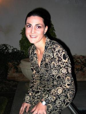 <u> 28 de noviembre </u> <p> Mónica Gómez González contraerá matrimonio el próximo seis de diciembre  con José Eduardo Nahle Hernández.