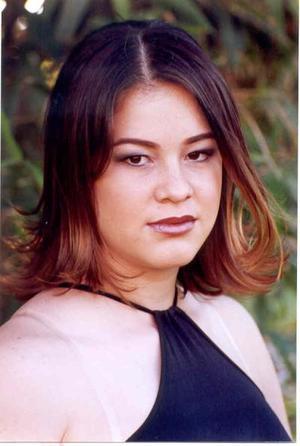 Los siguientes días tomarán parte en cursos de automaquillaje y peinado por parte de Julio Le coffiure.  <p> <u>Daniela Mesta<p> - años</u>