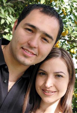 <u>29 de noviembre</u><p> Roberto Moreno Rodríguez y Brenda Arizpe Garza contrajeron matrimonio recientemente.