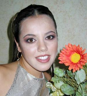 Loreley Rosalía Ceballos Pérez -Vertti festejó su primera despedida de soltera con alrededor de 70 invitadas.