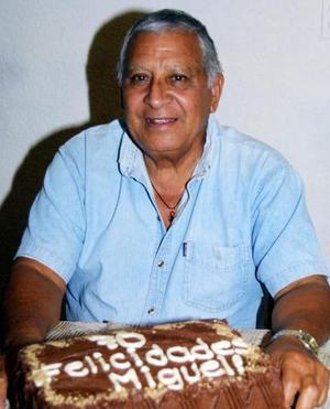 <u>29 de noviembre </u><p> Miguel Aguilar Parrilla festejó sus 70 años de vida con un  grato convivio.