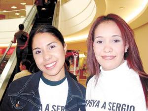 Cynthia Muñoz y Lorena Canales captadas recientemente.