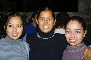 Fátima Álvarez, Ana Carson y Daniela Álvarez.