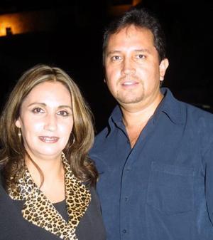 María Guadalupe Soto de Velázquez y Fernando Velázquez Reyes.