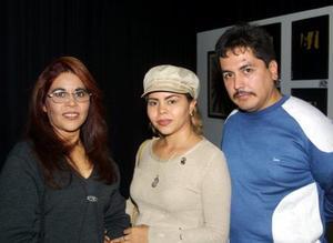 Concepción Muñoz Castro, Roberto Érika Gutiérrez Muñoz y Miguel Ángel Leyva Torres.