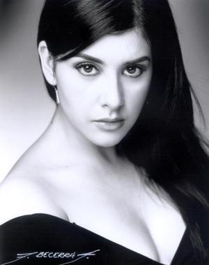 <u>04 de diciembre</u><p>  Señorita Lulú Murra  Ramírez.