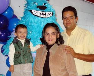 César Alejandro García Becerra celebró su segundo cumpleaños junto a sus papás, Mario César García Castillo y Lidia Becerra de García.