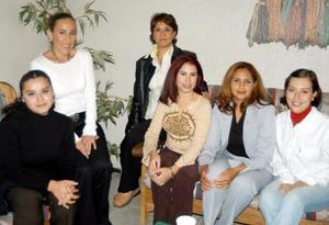 Cecy Martínez Ayoub en compañía de Paola Becerra, Rosy de Lomas, Verónica García, Cecy Martínez, Lucy Torres y Cristy de Morales.