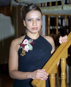 Señorita Flor Orquídea Monsiváis Hernández, captada en su primera despedida de soltera.