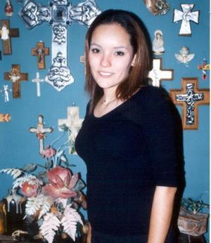 <u>04 de diciembre </u><p> Selene Ascenet Castañón Martínez captada en la despedida de soltera que le ofrecieron por su boda a realizarse el 20 de diciembre.