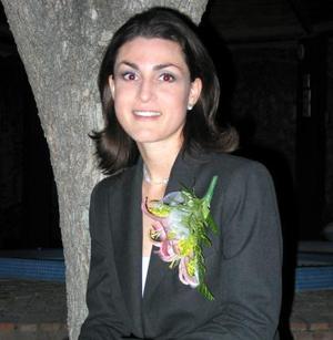 <u>05 de diciembre </u><p> Mónica Gómez en la despedida de sotlera que le ofrecieron recientemente.
