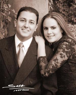Lic. Julio Gustavo Villalobos Díaz de León y Lic. Brenda Baille Berlanga efectuaron su presentación religiosa en la parroquia de Nuestra Señora de la Virgen de la Encarnación el 28 de noviembre de 2003