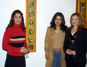 Martha Montes, Laura Velázquez y Elizabeth Mascorro.