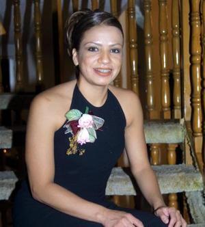 Flor Monsiváis Hernández contraerá matrimonio el 14 de febrero de 2004 con Arturo Romero Lemus.