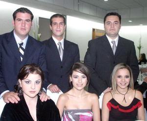 Israel de Cayón, Mayra de De Cayón, Sergio Cid, Maribel López, Carlos Mijares y Ale de Mijares en una grata velada.