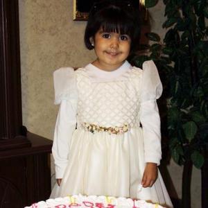 La pequeña Jaqueline García Carlos celebró su tercer cumpleaños; es hija de los señores José Luis García Borjas y Margarita Carlos de García.