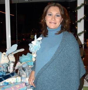 Marcela Vargas de Reséndez fue festejada con una fiesta de canastilla, por el próximo nacimiento de su bebé.