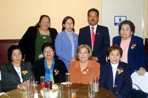 Leticia Varela, Dorita de Peralta, Jesús Peralta, Ofe de Varela, Alicia de Sierra, Mague de Villarreal, Guille de Covarrubias y Elguita Ochoa.